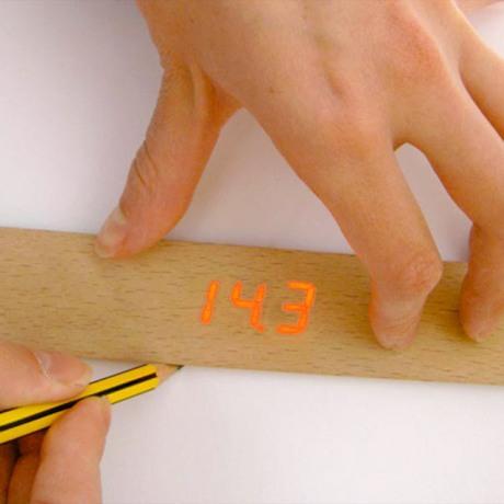 electronic-ruler_1